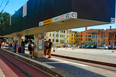 transfers to and from Piazzale Roma