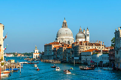 transfers to Venice city center hotels